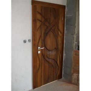 Umelecké vyrezavane dvere